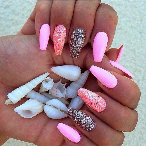 О чем говорит цвет лака на ногтях. Длинные ногти