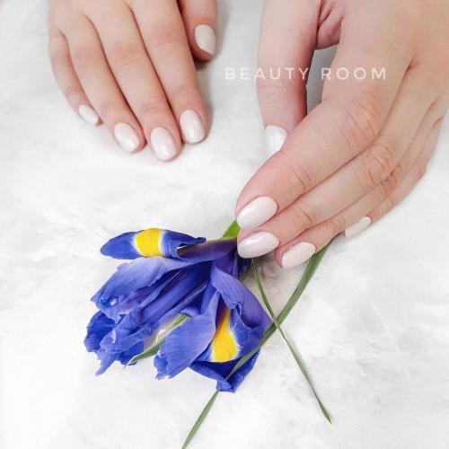 Выравнивание ногтевой пластины базой гель-лака. Выравнивание ногтевой пластины базой для гель лака