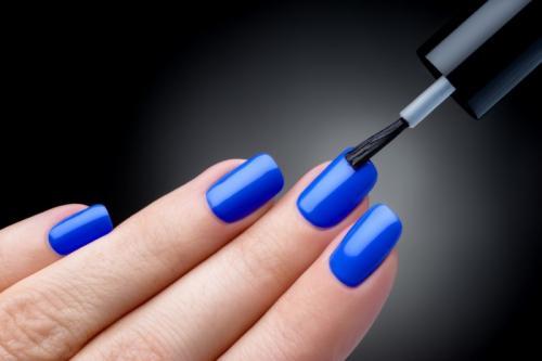 Нужно ли давать ногтям отдыхать от гель-лака. Гель-лак: можно ли испортить им ногти и должен ли быть отдых от него?