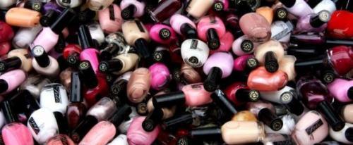 Стоимость маникюра гель лаком. Какова цена гель-лака для ногтей?