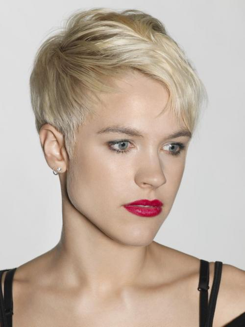 Модные прически блондинок 2019 фото. Модная прическа блондинок пикси 2020