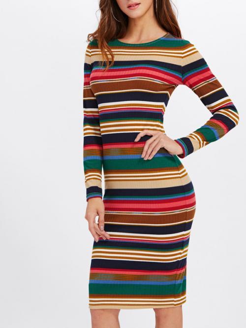 Как растянуть платье из вискозы и трикотажа