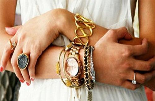 Чем отличается мед золото от позолоты. 4 главных отличия медицинского золота от бижутерии