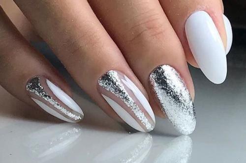 Дизайн ногтей с серебристым гель лаком. Модные тенденции