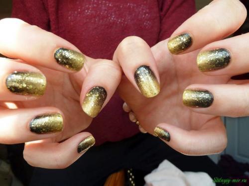 Дизайн ногтей красный с золотом. Золотистый маникюр