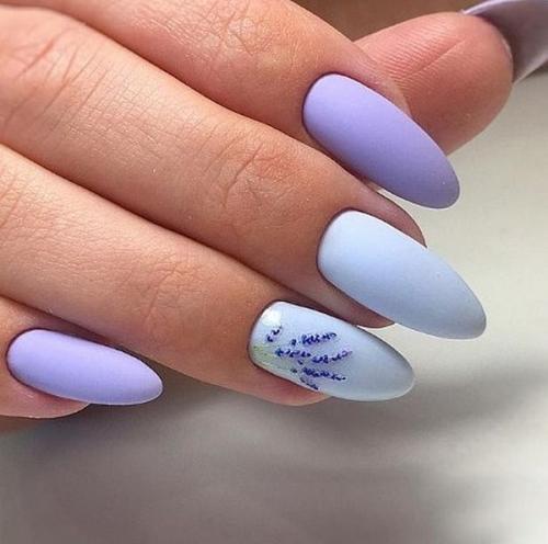 Голубой с розовыми цветами ногти. Изящный, неповторимый, оригинальный… Самый красивый голубой маникюр 2019-2020 — тенденции