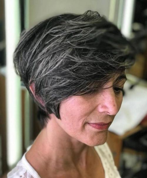 Стрижки и цвет волос для женщин з.  Стрижки для дам за 50