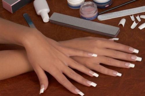 Сколько держатся нарощенные ногти гелем. Сколько держатся ногти, нарощенные гелем 05