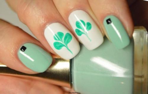 Рисунки на ногтях иголкой поэтапно. Рисунки на ногтях иголкой для начинающих: схемы, фото