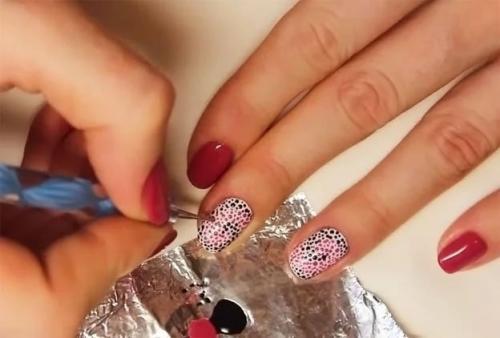 Цветок на ногтях пошагово для начинающих. Идеи простых рисунков на ногтях гель-лаком