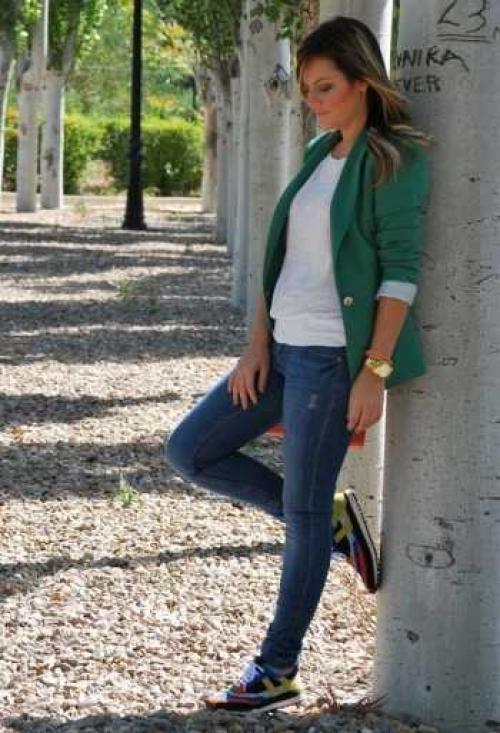 Как носить кроссовки с джинсами. Как носить кроссовки и кеды с джинсами?