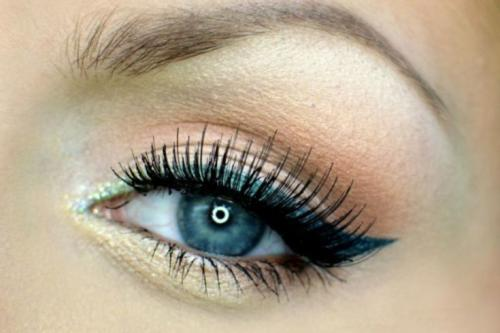 Макияж под темные волосы и голубые глаза. Макияж для голубых глаз — придаем огранку живому бриллианту + фото