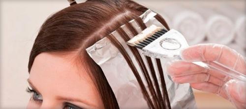 Прикорневое мелирование волос. Прикорневое мелирование: техника выполнения