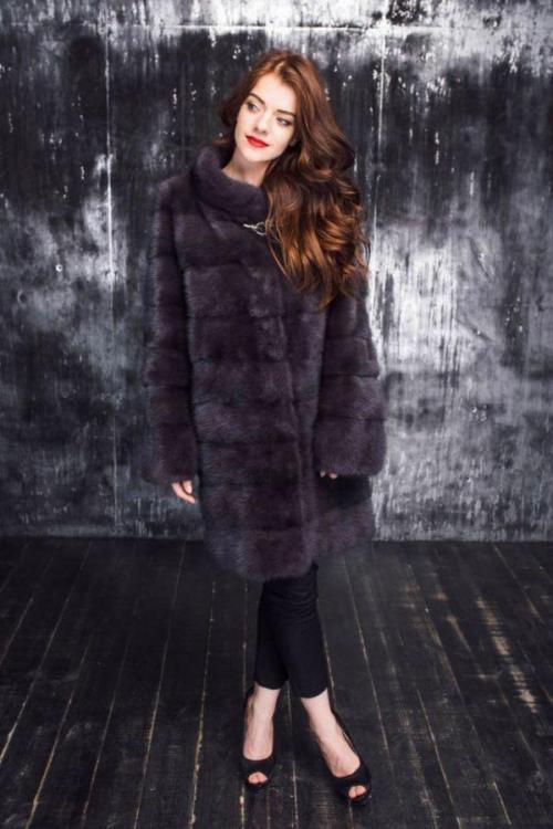 Шуба без рукавов с чем носить зимой. Модные фасоны и модели норковых шуб, с чем носить и обзор стильных луков