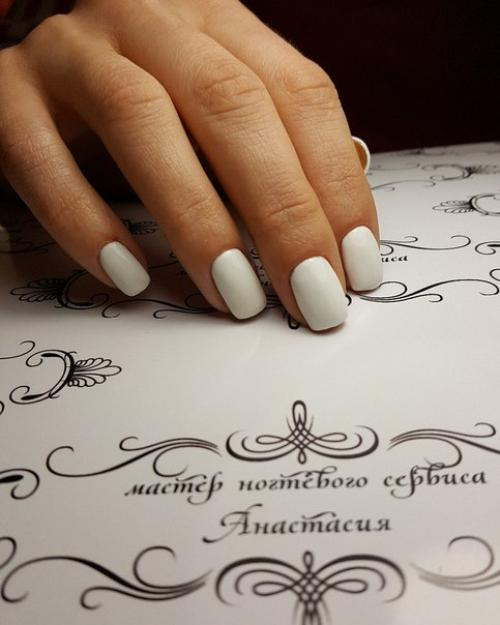 подробность фотоотчета лист на котором фотографируют ногти с дизайном рад