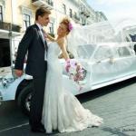 Невесте на заметку: как правильно сесть в свадебный лимузин.
