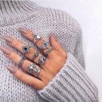 7 ценных лайфхаков для тех, кто не умеет красить ногти.