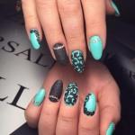 Для дизайна овальных ногтей подойдет любой красивый лак.