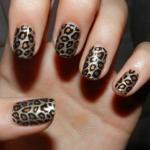 Леопардовый маникюр. Он тоже идеально подходит для коротких ногтей.